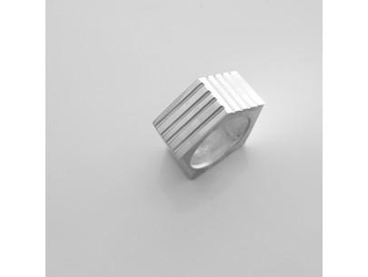 Hestia Ring Lefflow Art Studio Natasa Koutsabela